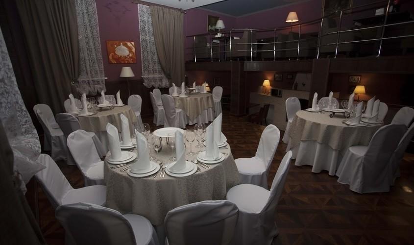 Ресторан, При гостинице на 40 персон в ЦАО, м. Чистые пруды, м. Тургеневская, м. Сретенский бульвар от 2900 руб. на человека