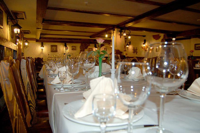 Ресторан, Банкетный зал на 40 персон в ЦАО, м. Смоленская, м. Киевская от 2500 руб. на человека