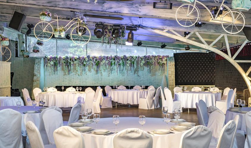Ресторан на 200 персон в СЗАО, ЗАО, м. Полежаевская, м. Беговая от 3000 руб. на человека