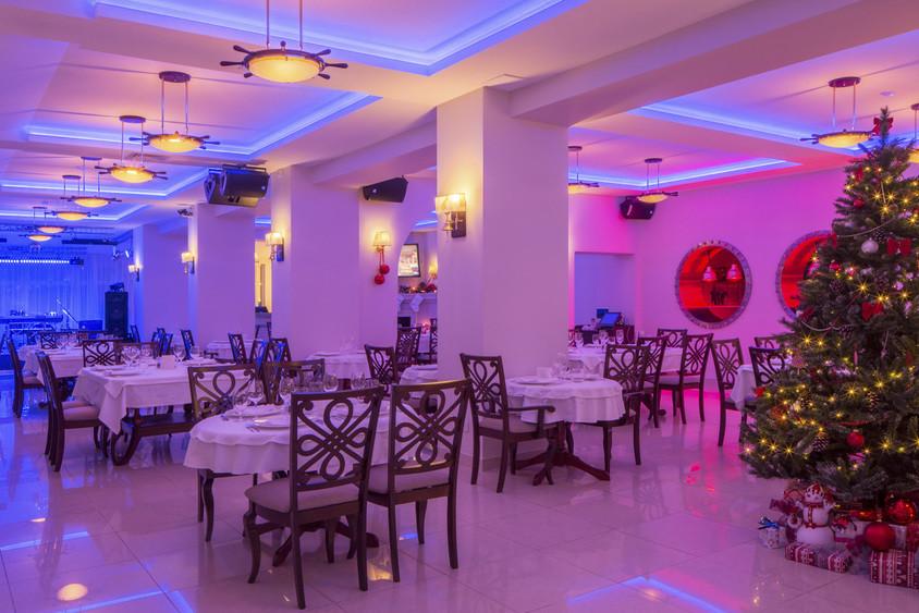 Ресторан, За городом, Яхт-Клуб на 100 персон в САО,  от 4000 руб. на человека