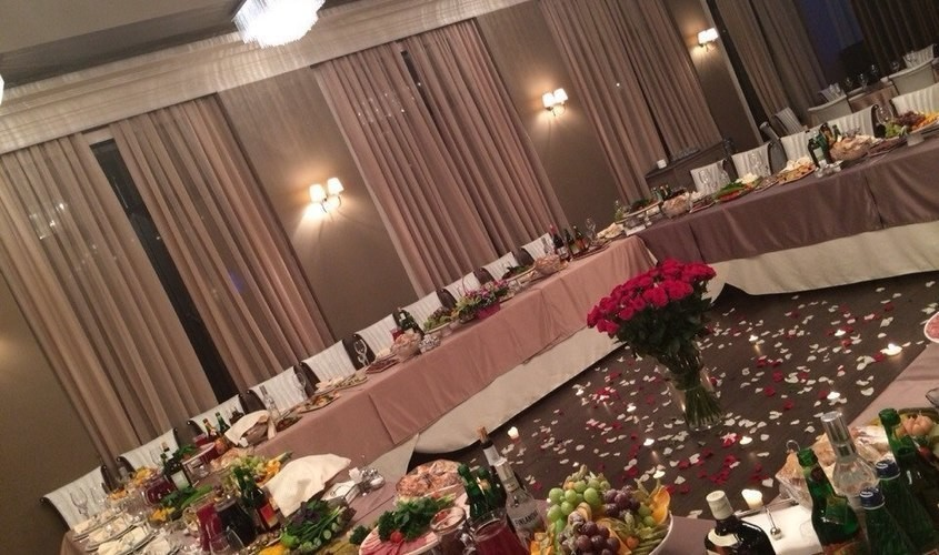 Ресторан на 250 персон в ЗАО, м. Молодежная, м. Кунцевская от 2500 руб. на человека