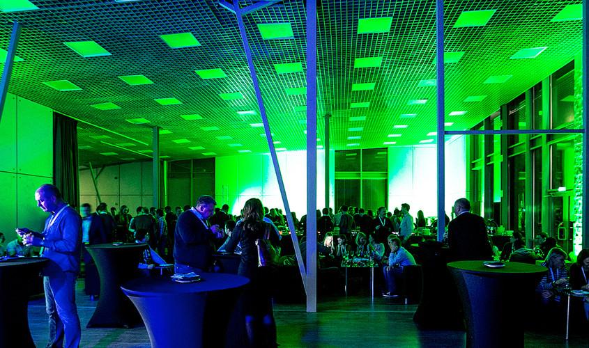 Ресторан, Банкетный зал, Кейтеринг на 250 персон в ЗАО, м. Крылатское, м. Молодежная от 4000 руб. на человека