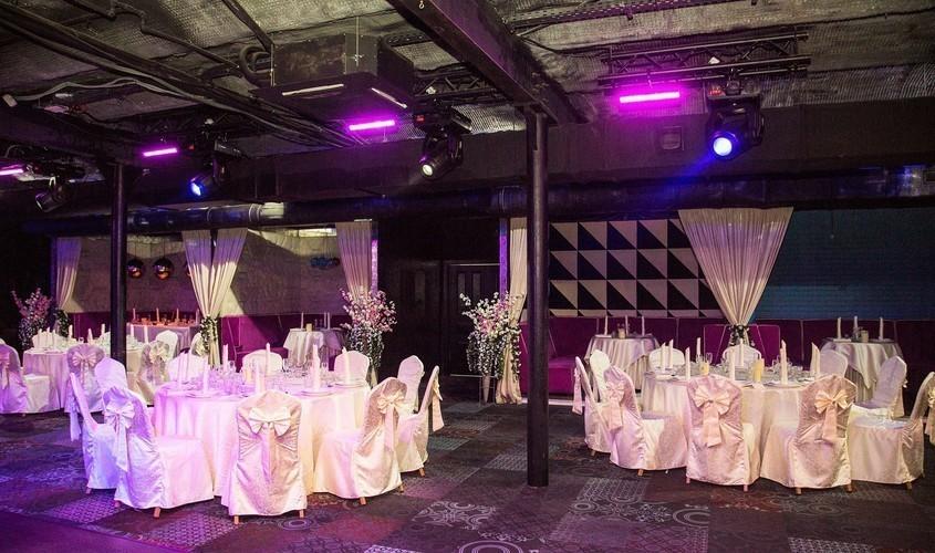 Банкетный зал на 200 персон в ЗАО, м. Киевская, м. Выставочная от 4000 руб. на человека