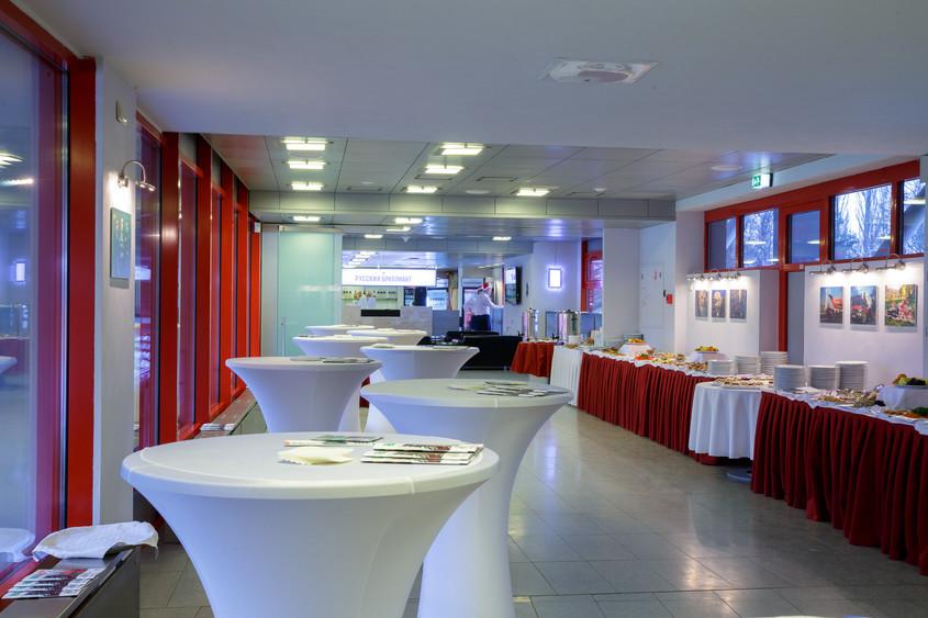 Ресторан, Банкетный зал на 100 персон в ВАО, м. Черкизовская от 3600 руб. на человека