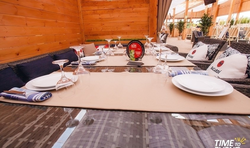 Летняя веранда на 250 персон в ЗАО, м. Киевская, м. Выставочная от 4000 руб. на человека