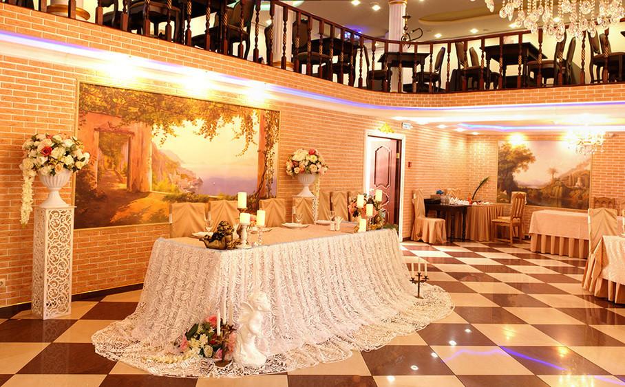 Ресторан, Банкетный зал на 100 персон в ЮВАО, м. Марксистская от 1500 руб. на человека