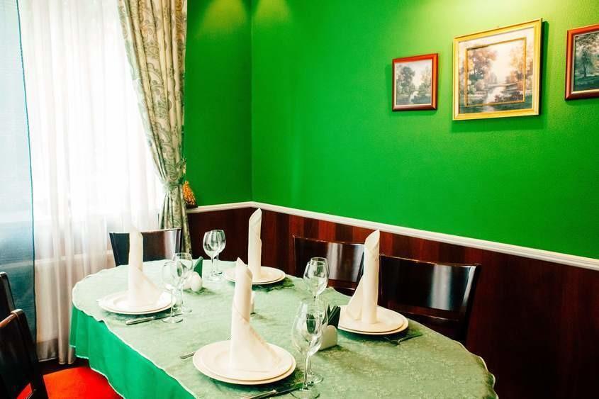 Ресторан, Банкетный зал на 8 персон в , м. Юго-Западная, м. Саларьево, м. Румянцево от 2000 руб. на человека