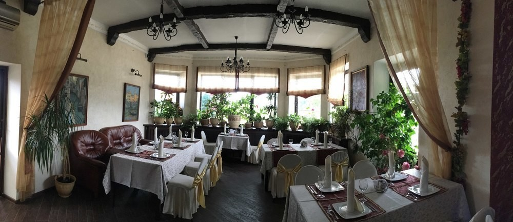Ресторан, Банкетный зал, За городом на 50 персон в ЮАО,  от 2000 руб. на человека