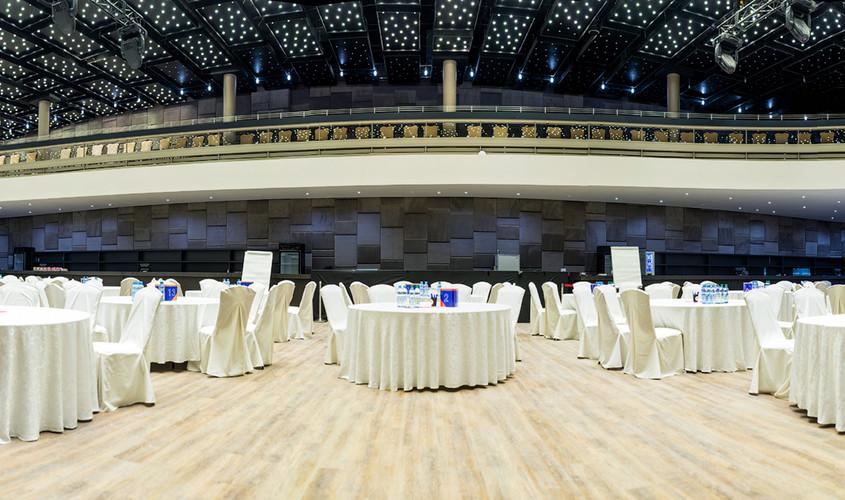Банкетный зал, Конференц-зал на 600 персон в ЦАО, м. Смоленская, м. Арбатская от 5000 руб. на человека