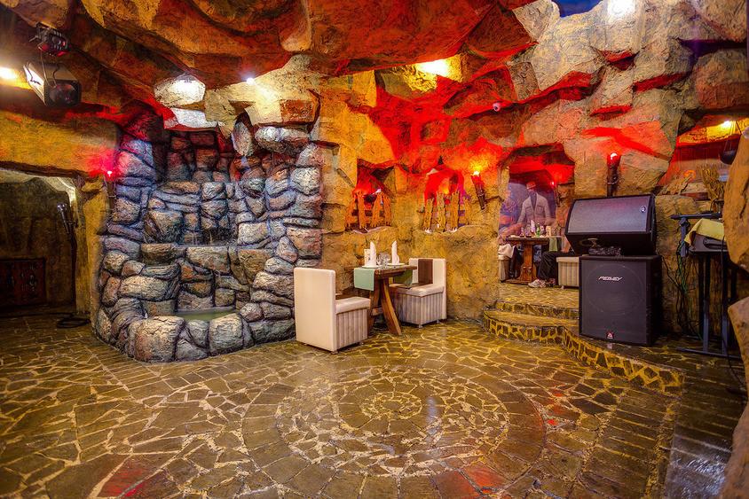 Ресторан, Банкетный зал на 45 персон в ЮВАО, м. Площадь Ильича, м. Римская, м. Авиамоторная от 2500 руб. на человека