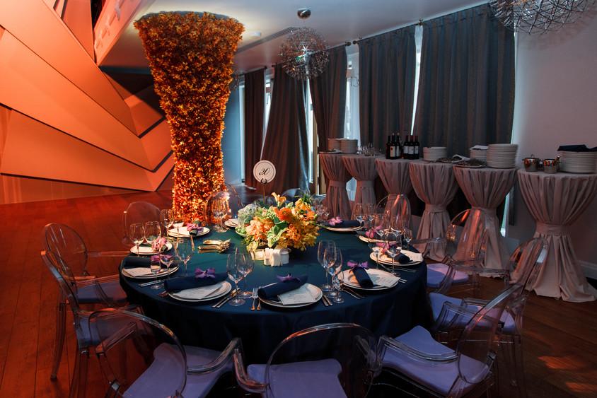 Ресторан, Банкетный зал, У воды на 400 персон в ЗАО, м. Ломоносовский проспект от 8000 руб. на человека