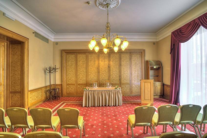Банкетный зал, При гостинице на 30 персон в ЦАО, м. Охотный ряд, м. Театральная, м. Пл. Революции от 6000 руб. на человека