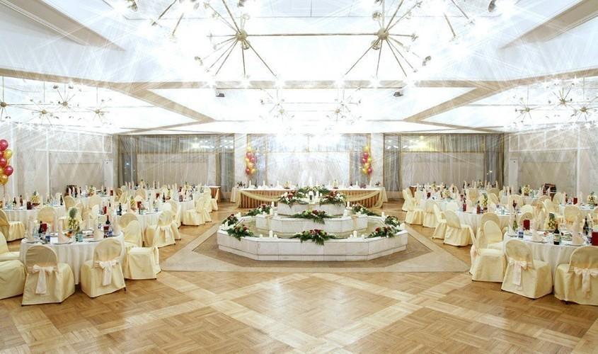 Фонтанный зал / Караоке