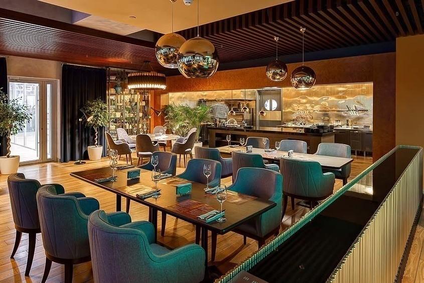 Ресторан на 80 персон в ЗАО, м. Парк Победы от 3000 руб. на человека
