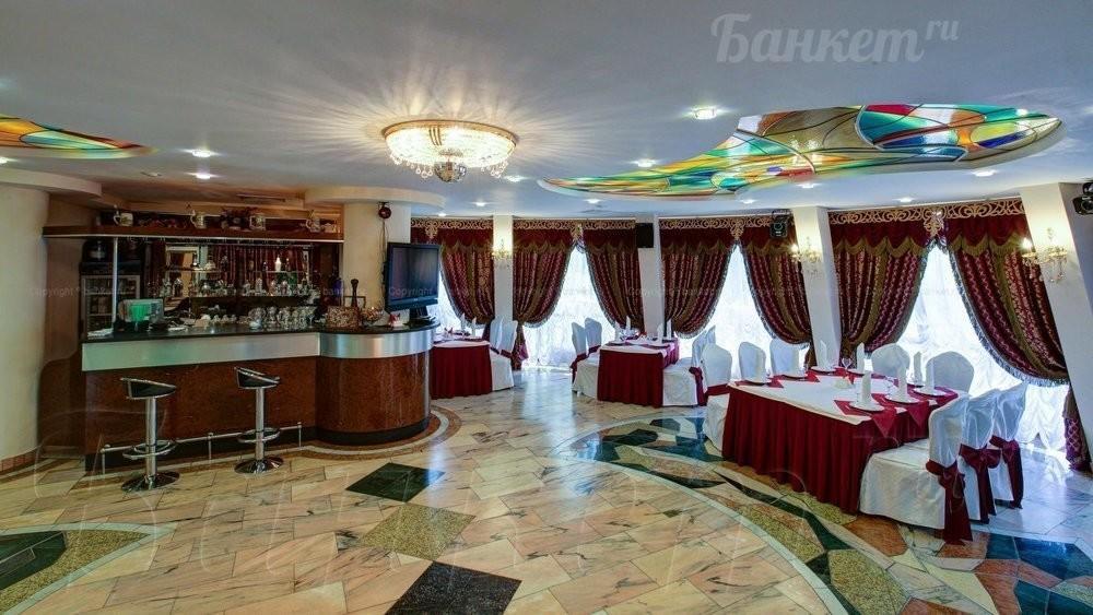Банкетный зал, За городом на 40 персон в СЗАО, м. Пятницкое шоссе, м. Митино от 3000 руб. на человека