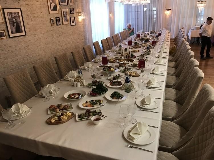 Ресторан, За городом на 30 персон в ЮЗАО,  от 4000 руб. на человека