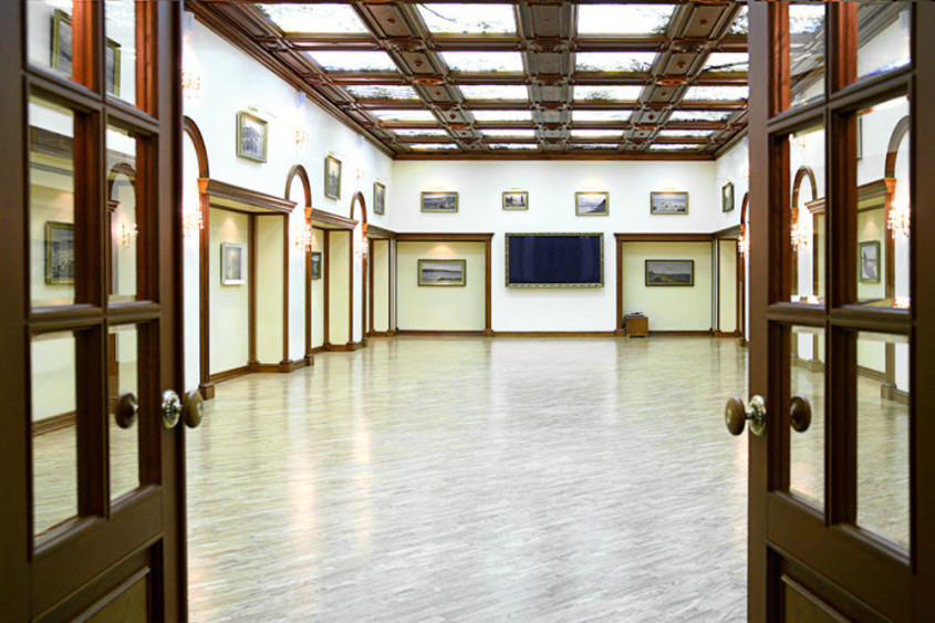 Банкетный зал на 700 персон в ЦАО, м. Киевская от 7000 руб. на человека