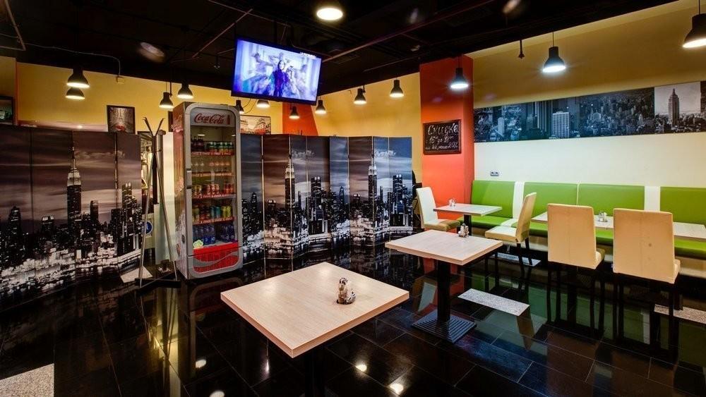 Кафе на 60 персон в ЦАО, м. Киевская от 1500 руб. на человека