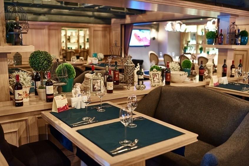 Ресторан на 30 персон в ЮАО, м. Автозаводская от 1500 руб. на человека