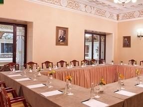 Ресторан на 20 персон в ЦАО, м. Театральная, м. Пл. Революции, м. Охотный ряд