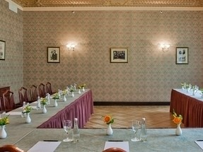 Ресторан на 30 персон в ЦАО, м. Театральная, м. Пл. Революции, м. Охотный ряд