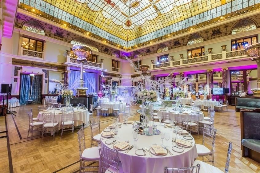 Ресторан, Банкетный зал, При гостинице на 400 персон в ЦАО, м. Театральная, м. Пл. Революции, м. Охотный ряд от 6000 руб. на человека
