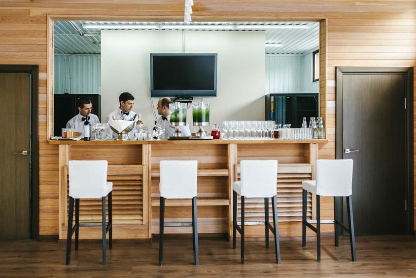 Ресторан, Банкетный зал, За городом, У воды на 70 персон в СЗАО,  от 4000 руб. на человека