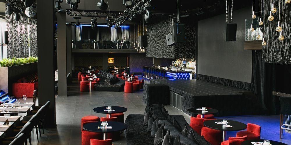 Ресторан, Банкетный зал, За городом на 400 персон в СВАО,  от 3500 руб. на человека