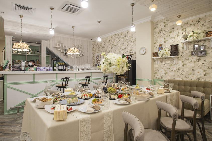 Банкетный зал, При гостинице на 60 персон в ЗАО, м. Пионерская, м. Филевский парк от 2000 руб. на человека