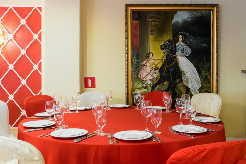 Банкетный зал, При гостинице на 100 персон в ЦАО, м. Марксистская, м. Таганская от 2000 руб. на человека