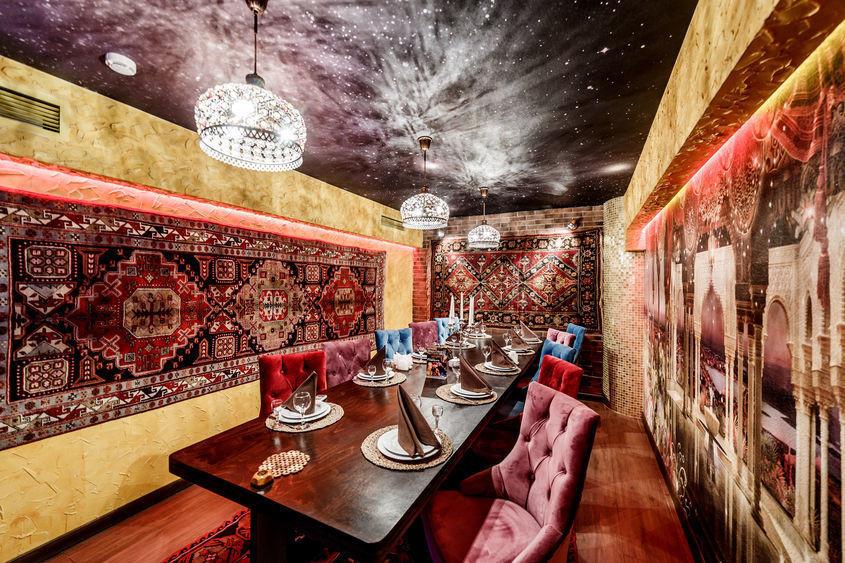 Ресторан на 12 персон в ЮВАО, м. Алма-Атинская, м. Красногвардейская, м. Зябликово от 2000 руб. на человека