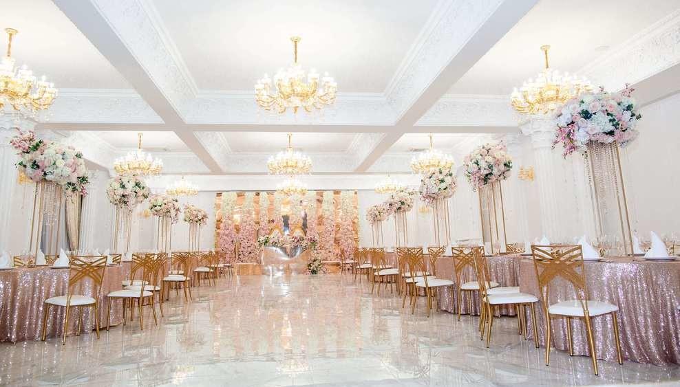 Банкетный зал на 50 персон в ЦАО, ЮЗАО, м. Ленинский проспект от 3500 руб. на человека