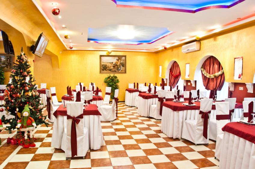 Ресторан, Банкетный зал, При гостинице на 30 персон в СВАО, м. Свиблово, м. Медведково, м. Бабушкинская от 2500 руб. на человека