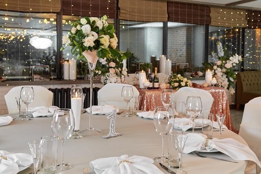 Ресторан на 60 персон в ЦАО, м. Смоленская от 3000 руб. на человека
