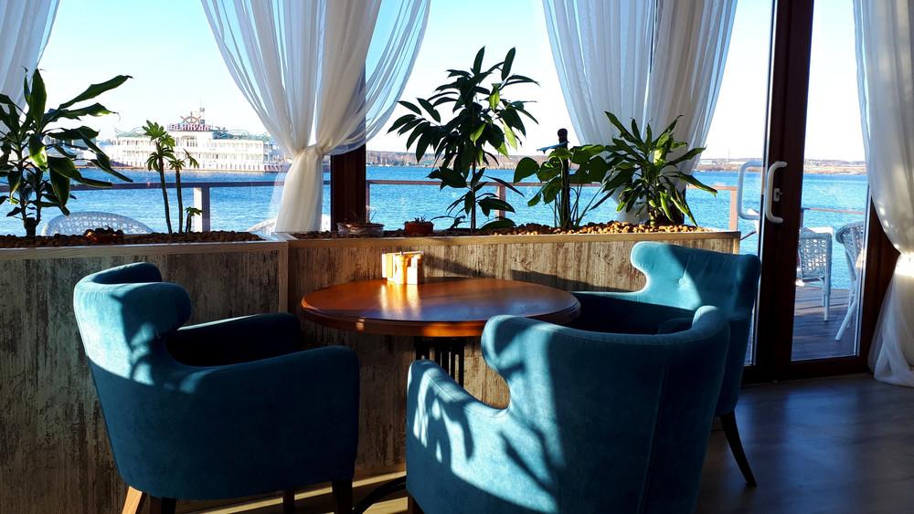 Ресторан, За городом, У воды на 100 персон в САО,  от 6000 руб. на человека