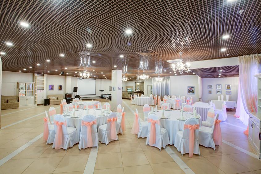 Ресторан на 120 персон в ВАО, м. Перово от 2000 руб. на человека