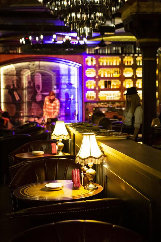 Ресторан на 70 персон в ЦАО, м. Кузнецкий мост, м. Театральная от 4000 руб. на человека