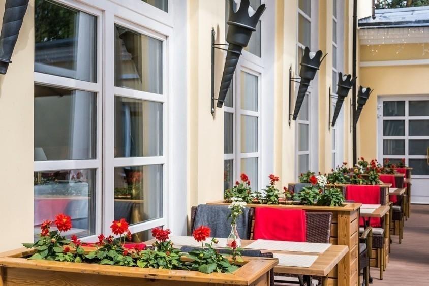 Ресторан, Банкетный зал, За городом, Усадьба на 120 персон в СЗАО, ЗАО,  от 5000 руб. на человека
