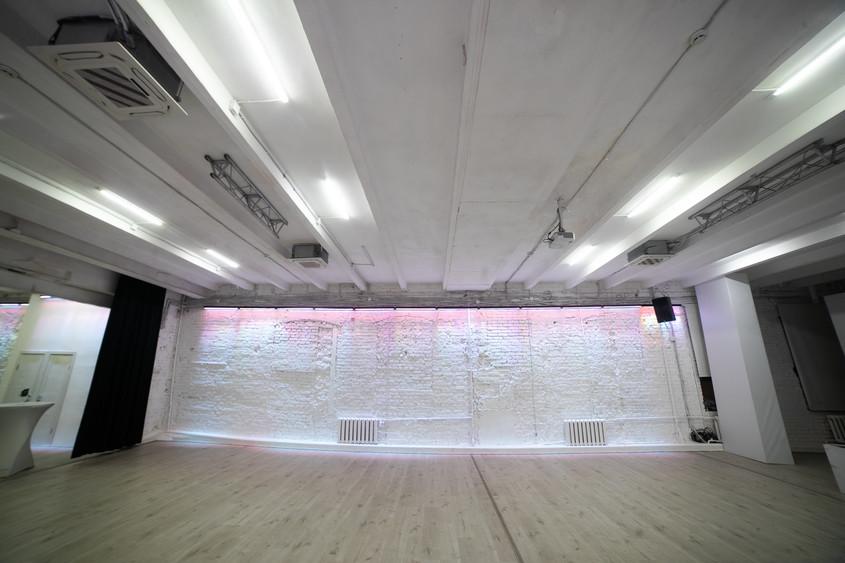 Банкетный зал на 120 персон в ЦАО, м. Улица 1905 года от 3500 руб. на человека