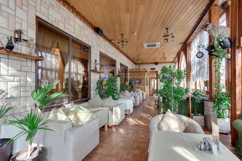 Банкетный зал, Кафе, Летняя веранда на 45 персон в ЮАО, м. Тульская, м. Павелецкая, м. Нагатинская от 3000 руб. на человека