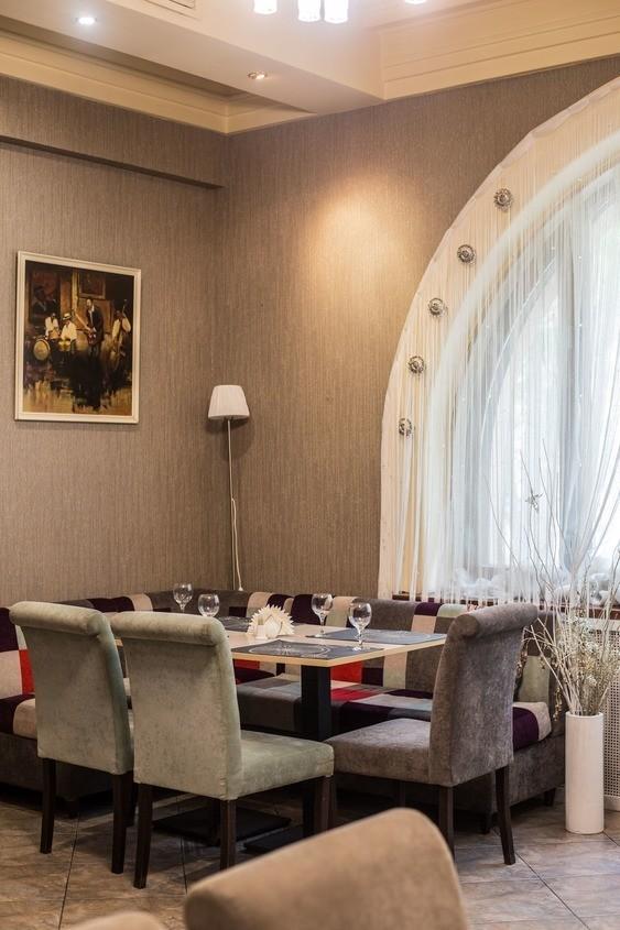 Ресторан на 20 персон в ЦАО, м. Комсомольская, м. Красные ворота от 2500 руб. на человека