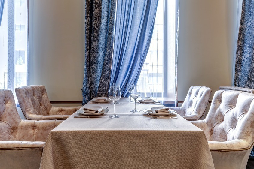 Ресторан, Банкетный зал на 100 персон в ЦАО, м. Смоленская от 1500 руб. на человека
