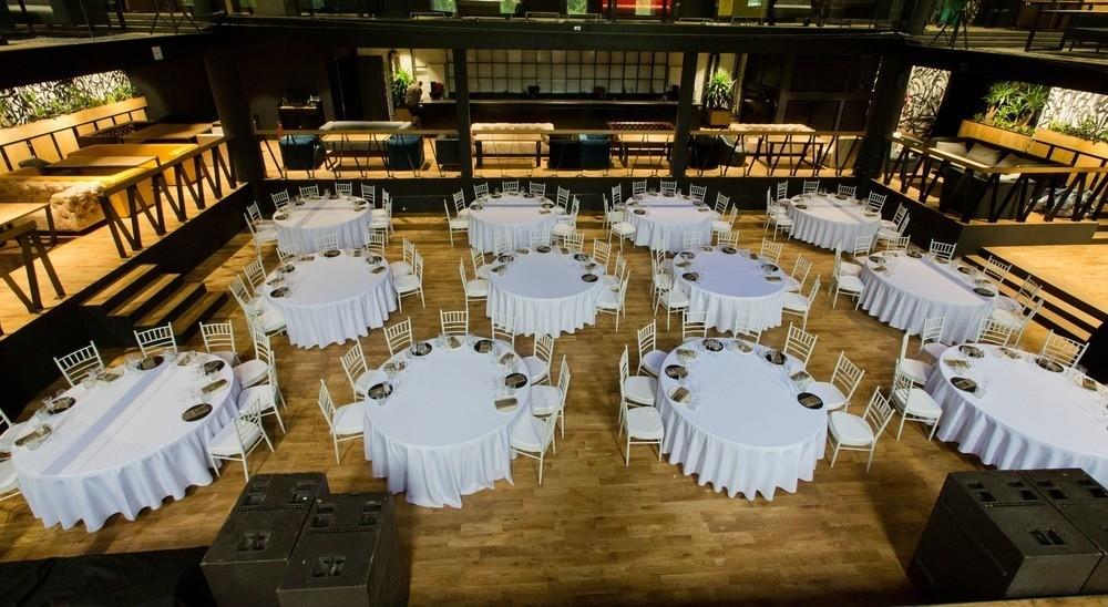 Банкетный зал на 350 персон в ЗАО, м. Киевская от 3000 руб. на человека