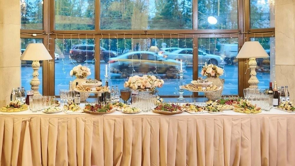 Ресторан, Банкетный зал на 100 персон в ЦАО, м. Шаболовская, м. Октябрьская от 3000 руб. на человека