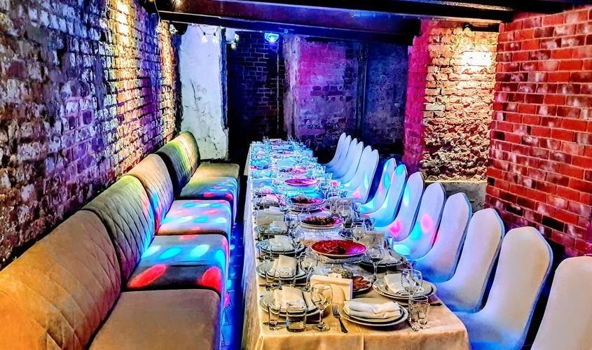 Ресторан, Банкетный зал на 25 персон в ЦАО, ЮЗАО, ЮАО, м. Шаболовская, м. Тульская от 2500 руб. на человека