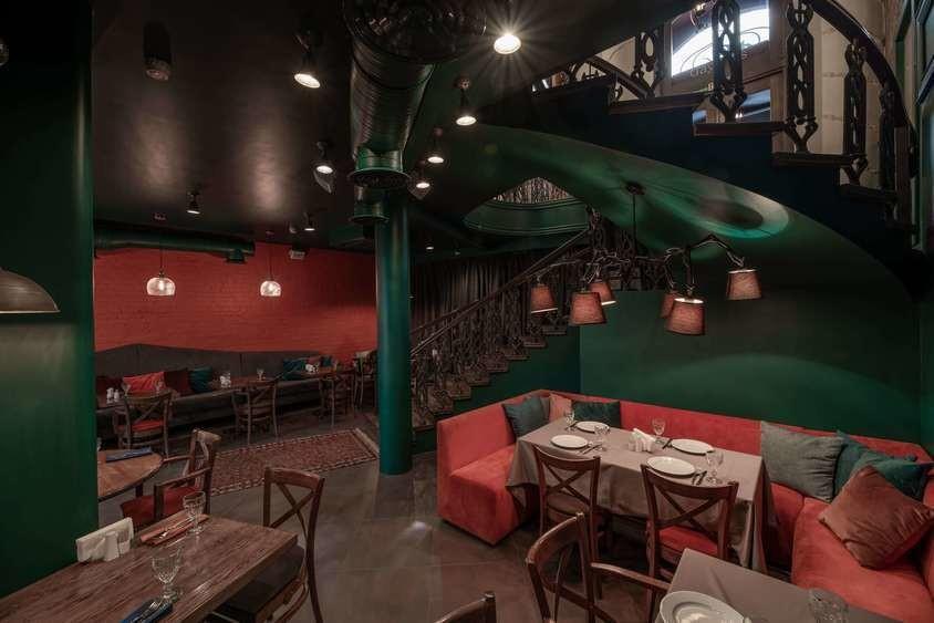Ресторан на 40 персон в ЦАО, м. Смоленская от 3500 руб. на человека