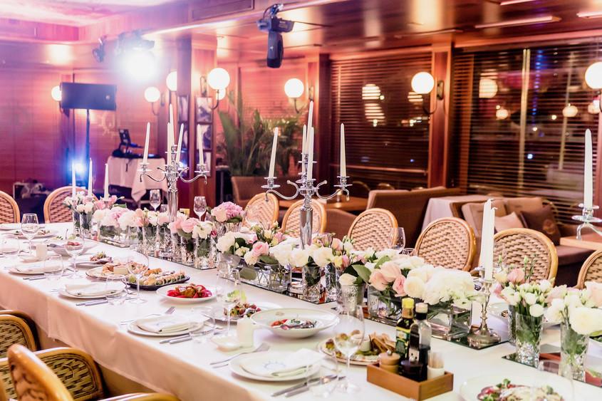 На теплоходе, Ресторан, Банкетный зал на 50 персон в ЦАО, м. Воробьевы горы, м. Выставочная от 7000 руб. на человека