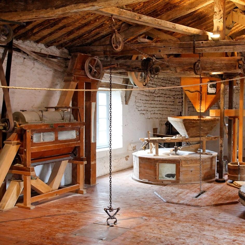 535818_maison-de-la-meunerie-rives-d-autize-vendee-_10