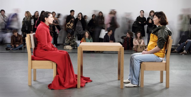 Maria-Abramovic-the-artist-is-present
