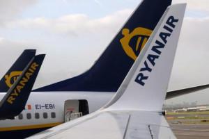 Caos Ryanair, migliaia di passeggeri a terra